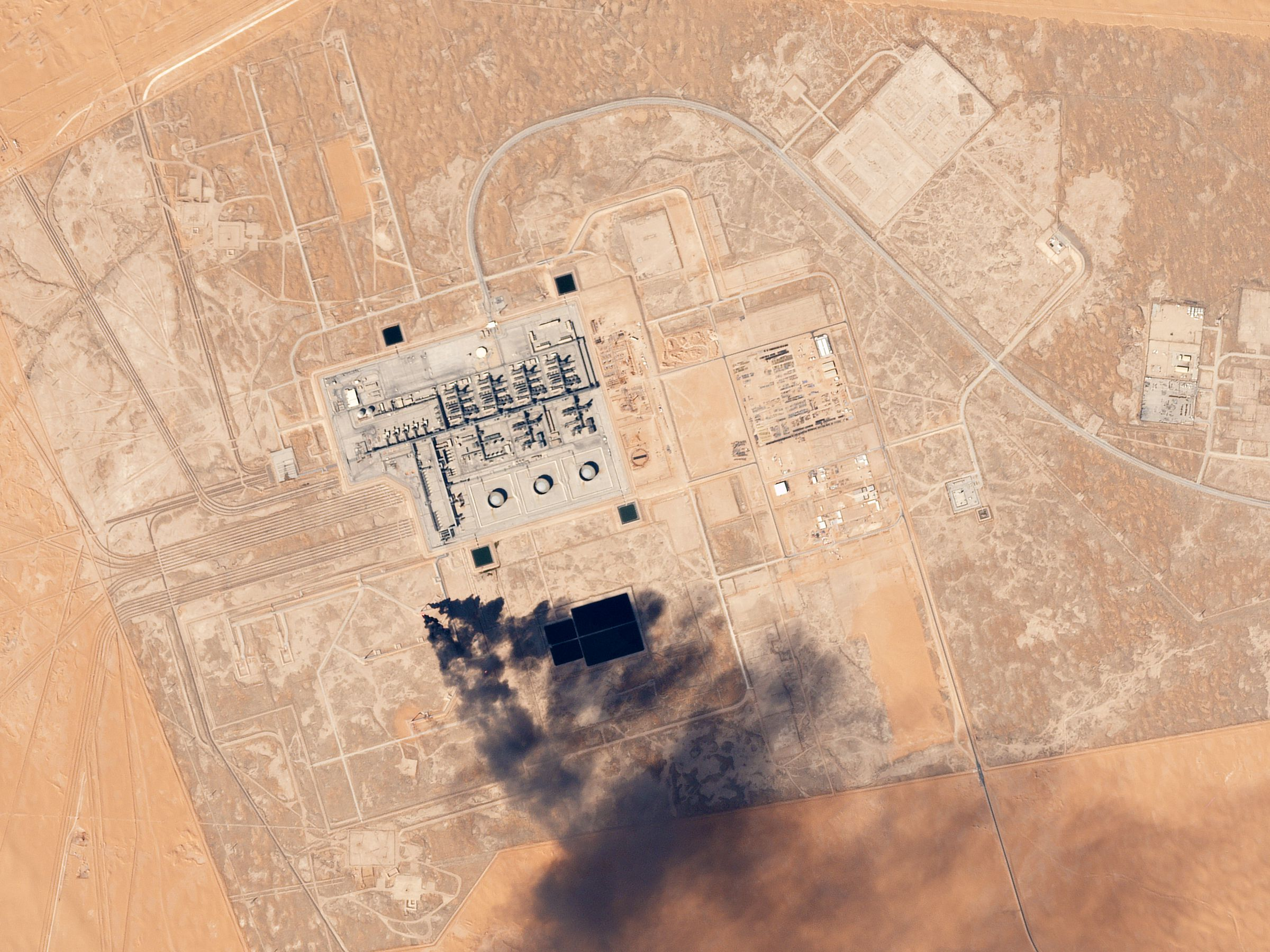 Saudi Arabia Faces Short-term Oil Crisis