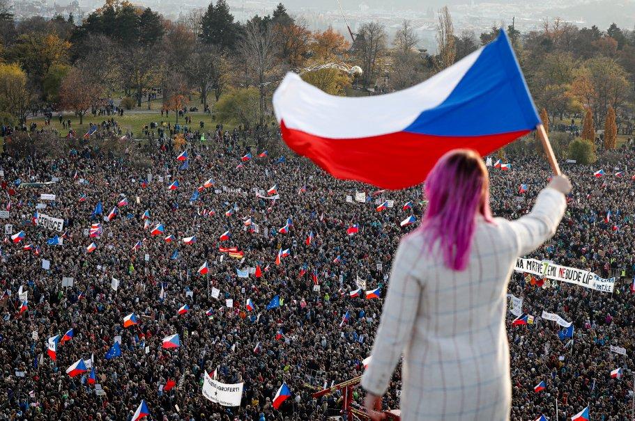 Czechians protest PM Andrej Babis